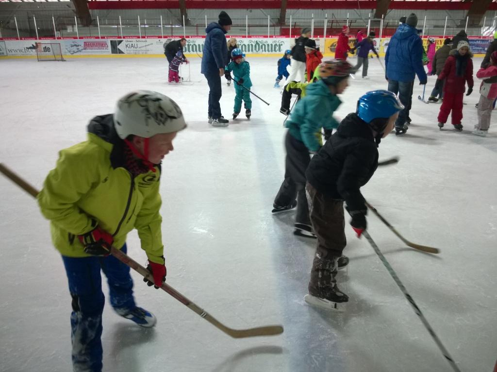 Einladung zum Schlittschuhlaufen in Grafing am 4. Jan. 2019